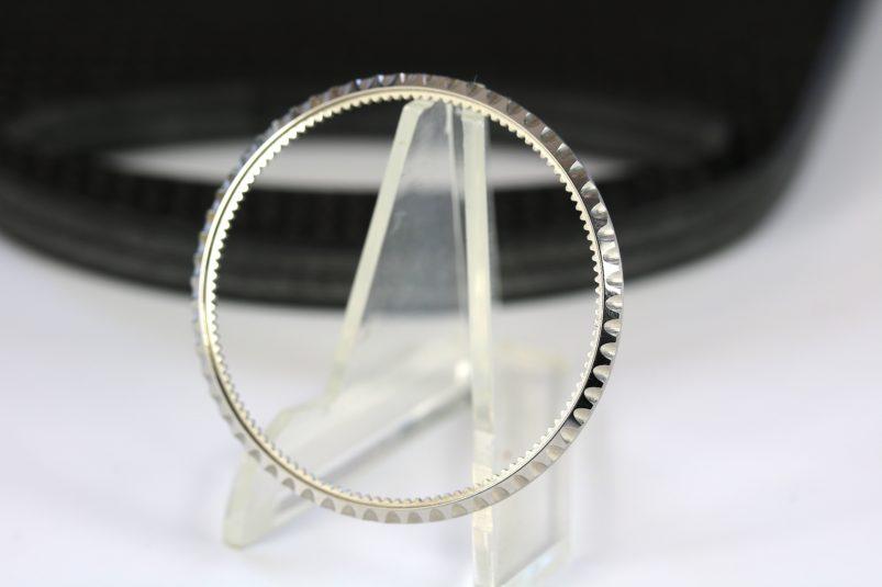 Rolex 16660 bezel
