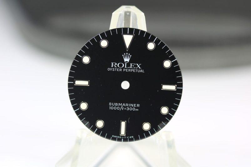 Rolex 14060 dial