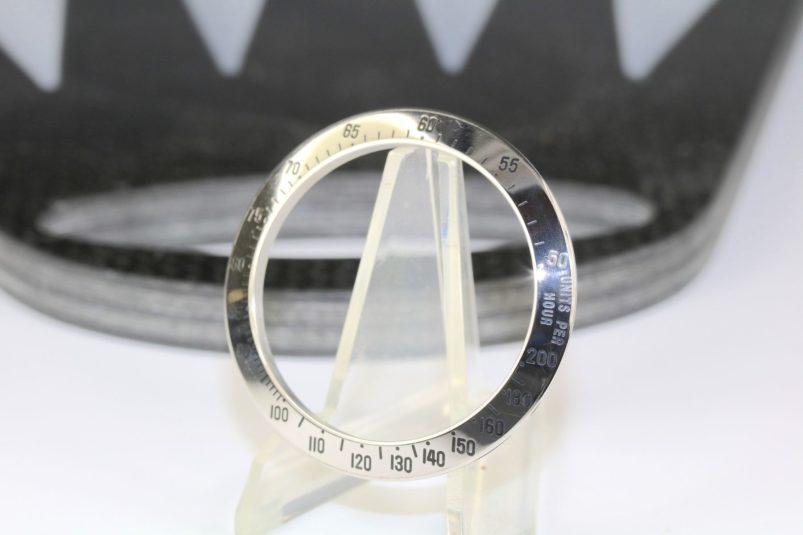 Rolex 16520 200 bezel