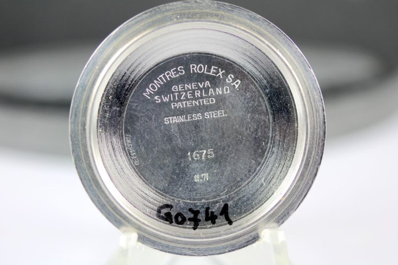 GMT 1675 case back